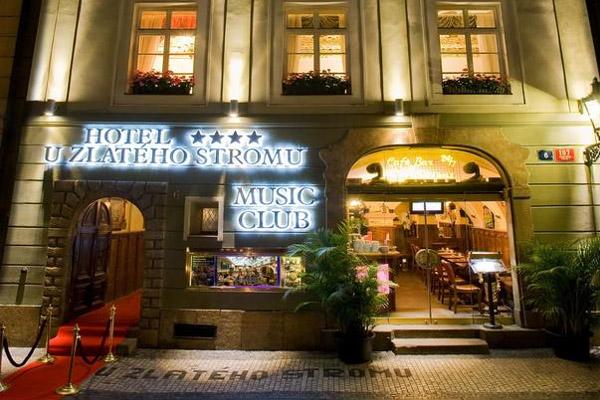 Hôtel U Zlatého Stromu - Prague (1)